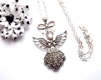 Silver necklace, Angel and bow tie