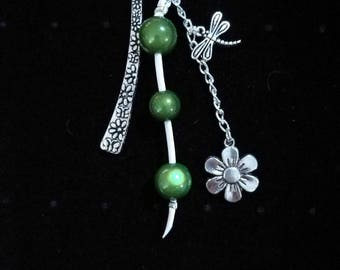 Jewel green beads, dragonfly and flower metal bookmarks