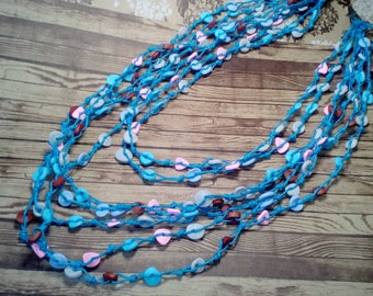 Necklace of waxed cord, Light breeze