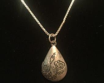 Rose Locket - Locket Necklace