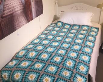 single bed daisy throw
