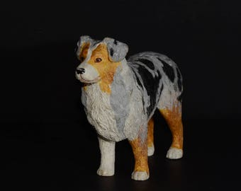 Sandicast, AUTRALIAN SHEPHERD, small size sculpture, DOG Figurine, Statue, Hand Painted, Resin, Replica Realistic, Gift Pet Lovers, Dog