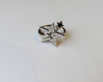 Silver Star ring and white rhinestone imitating diamond