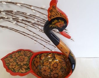 "Wooden bowl ""Swan"""