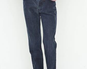 VINTAGE Dark Blue Retro Denim LEVI'S Jeans