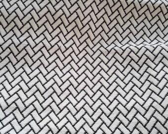 Fabric - 50cm x 150cm - B & W chevron - 150cm