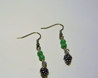 """EVA: Earrings with pendants """"pinecone"""" and marbled turquoise beads"""
