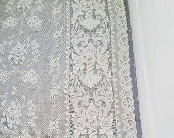 Large White Lace curtain. Vintage White Lace Window Curtain panel. Vintage Lace Curtain. 6 x 4ft.