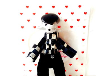 Miniature mouse doll MR RATTENDISH, mouse character handmade by The Sausage