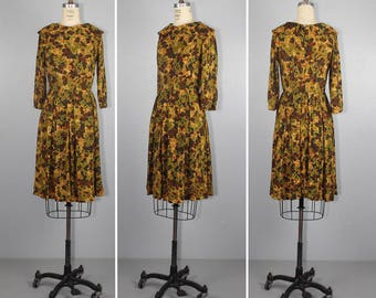 1950s dress / AUTUMN LEAVES / vintage dress / peter pan collar