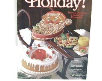 Vintage Wilton Holiday Baking And Decorating Book