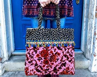 Vintage pink velvet tote bag / carpet bag