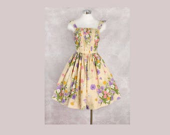 1960's Floral Fit & Flare Style Cotton Day Dress - MED