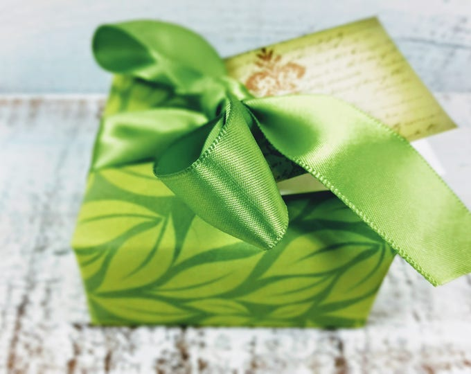 Green & Gold Damask Christmas Soap Gift