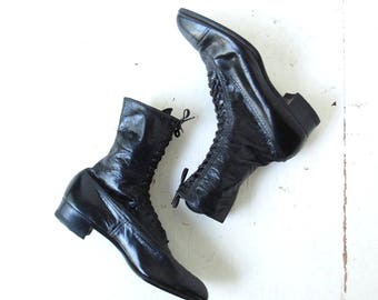 Vintage Black Leather Lace Up Edwardian Boots Size 6
