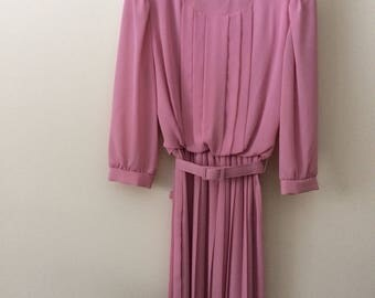 Vintage REO Brand Pink Dress Pleated Polyester 3/4 Length Sleeves Size 12