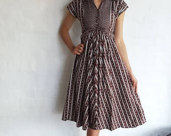 Vintage 1950s Brown and White Cotton Dress, XS