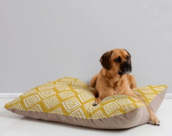 Yellow Geometric Dog Bed // Dog Pillow // Pet Bedding // Modern Pet Bedding // Animal Pillow // Pet Mat //Diamond In The Rough Yellow Design