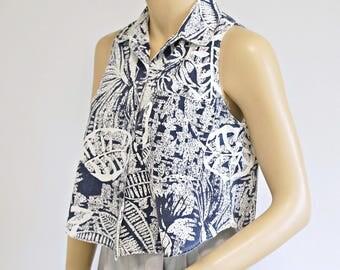1970's 1980's Crop Blouse Blue Button Front Short Summer Top Contempo Casuals Cotton Trendy Blouse Size Small