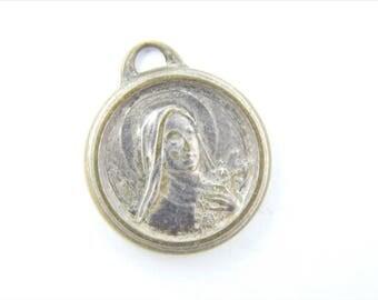 Vintage Saint Therese Catholic Medal - Religious Charms - Catholic Supplies - Rosary Medallion - Catholic Jewelry 037