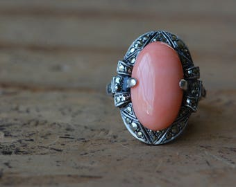 Vintage Art Deco 1930s coral and silver cocktail ring
