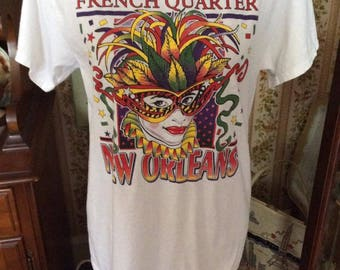 Vintage 1990s Tee Shirt French Quarter New Orleans Souvenir Tee Shirt White Cotton Mardi Gras Lady Mask Confetti