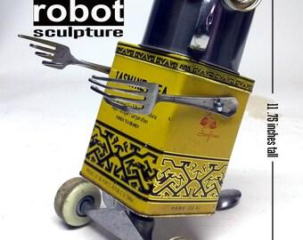 Jasmine... a Jones Robo-Works Roll-X Assemblage Robot Sculpture