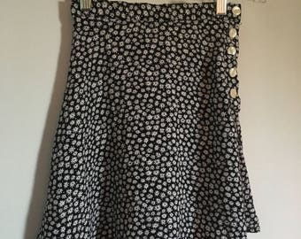 Vintage 90s black and white high waisted floral mini skirt