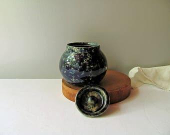 Vintage Bennington Blue Sugar Bowl Agate Cobalt Blue Splatterware Bennington Potters Vermont Pottery Spongeware Kitchen Decor Bowl Lid Dish