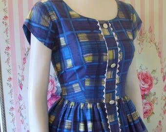 Cute Vintage 1950s 60s Blue Check Plaid Cotton Day Dress S Small 26 27 Waist