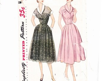 Simplicity 3619 Size 16 1/2,Dress Detachable Collar & Cuffs Kimono Sleeves,1950s Sewing Pattern