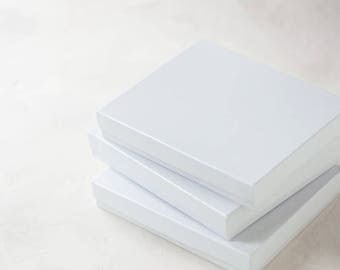 "White Gloss Boxes w/ Cotton - 20 pc -  6"" x 5"" x 1"""