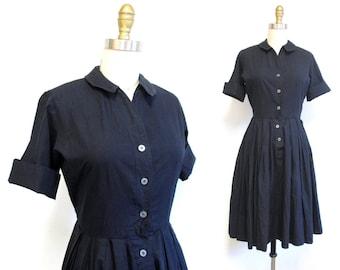 Vintage 1950s Dress   Classic Cotton Little Black 1950s Shirtwaist Dress   size xs - small
