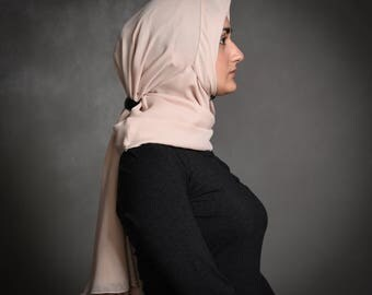 SPECIAL PROMOTION PRICE!  Unique handmade designed Hijab in a soft pink color, chiffon, stylish, hijabista, homemade,smart, Lily