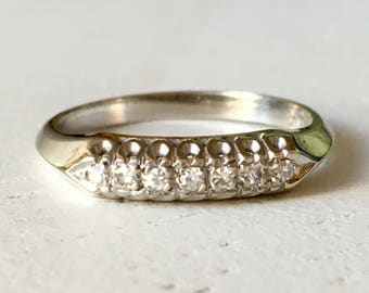 Vintage Diamond 14k White Gold Wedding Band - Size 6