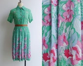 Vintage 80's Green 'Spring Flowers' Cotton Voile Shirt Dress S or M