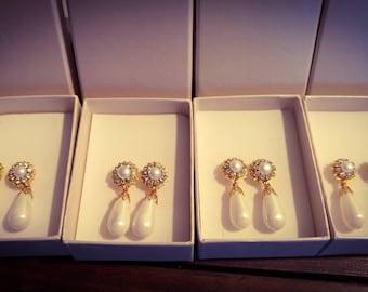 Bridal Drop Pearl Earrings White pearl Wedding Earrings Bridal Earrings Swarovski Rhinestone Earrings Gold Bridal Vintage Jewelry Crystals