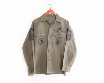 vintage army jacket / air force shirt / army patch shirt / 1970s US Air Force patch button up shirt Large