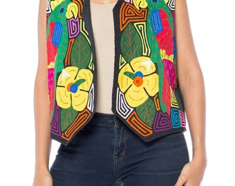 Vest With Parrot Applique And Embroidery Size: 8