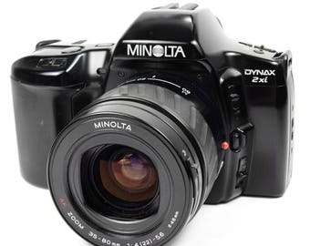 Minolta Dynax 3xi Vintage 1990s SLR 35mm Film Camera with 35-80mm Zoom Lens