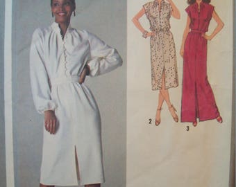 Pullover Dress in Two Lengths Elastic Waist 1970s Simplicity Pattern 9224 Size 12 Bust 34""