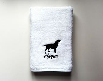 Retriever Labrador Towel / Personalized Towel / Monogrammed Towel / Hand Towel / Wedding Towels / Embroidered Towel / Gift / Baby Towel