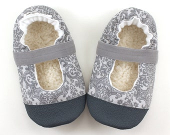 gray mary janes, gray baby booties, mary jane baby shoes gray fabric booties, baby wedding shoes, toddler mary janes grey, dressy baby shoes