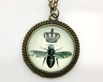 Necklace Bee Crown 2525C
