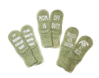 If You Can Read This Socks - Funny Socks - Sayings Socks - Tired Mother - Mom Birthday Gift Christmas Present Gift Stocking Stuffer
