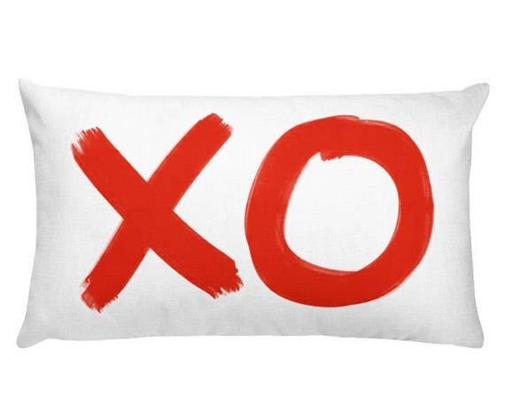 XO Pillow in Red, 12x20