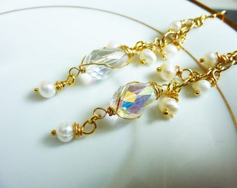 White Clear Wire Wrapped Teardrop Cluster Earrings With White Ivory Pearl clusters