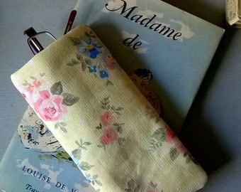 Pale Yellow Floral Linen Soft Specs Case or Glasses Case