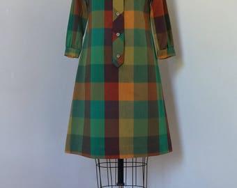 Vintage 1960s Betty Hartford Dress / Mod Dress Plaid Schoolgirl Dress / Autumnal Plaid Windowpane Check Funnel Collar Button Front / M/L