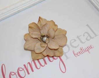 Light Brown Vintage Flower Clip